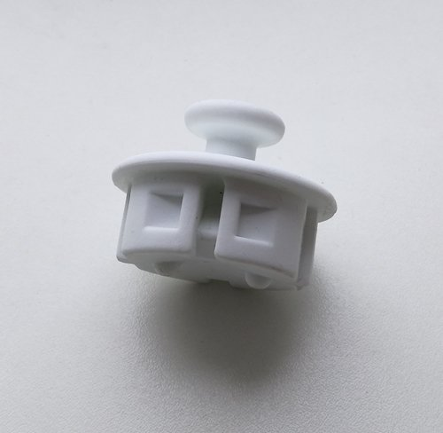 e51d1de4b2 Steckdosenschutz mit Haken DODO weiß, Leuchtmittelcenter   Leuch