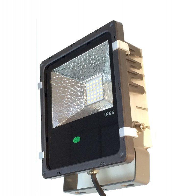 LeuchTek LED Flutlicht FLS2 50W CW IP65 6500K 5280 lm 120° Abstrahlwinkel